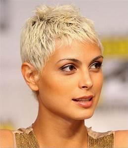 Coupe Femme Courte Blonde : cheveux courts blond ~ Carolinahurricanesstore.com Idées de Décoration