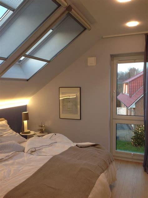 Mit Dachschräge by Die Besten 25 Schlafzimmer Dachschr 228 Ge Ideen Auf