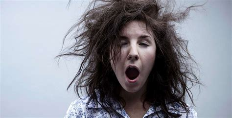 How To Avoid Bed Head!  Defactosalons Defactosalons