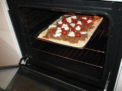 pizza avec la viande et ricotta recette italienne