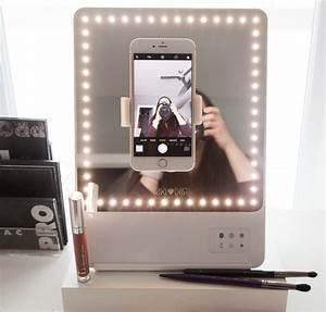 RIKI SKINNY Best lighted makeup Vanity Mirror with selfie