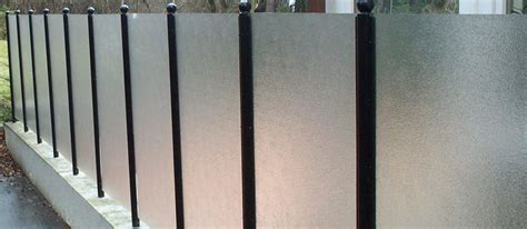 plastic fence polycarbonate embossed sheet cut to size perspex