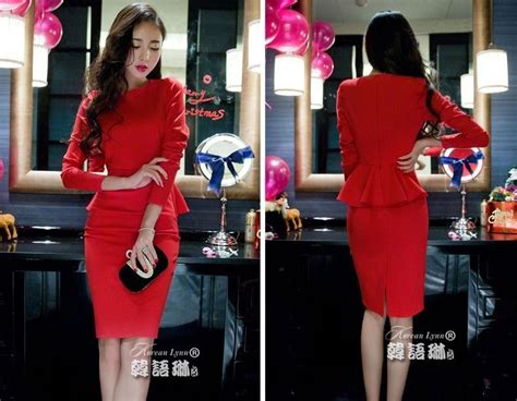 dress natal warna merah modern  jual model terbaru