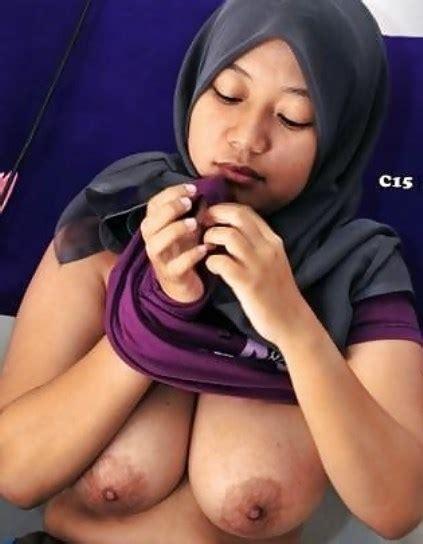 Hijabers Cantik Lagi Oral Sex Nikmat Banget Openmidnight