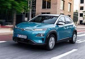 Essai Hyundai Kona Electrique : essai video hyundai kona electric prends garde toi renault zoe ~ Maxctalentgroup.com Avis de Voitures