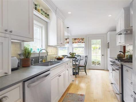 galley kitchen ideas  interior decorating