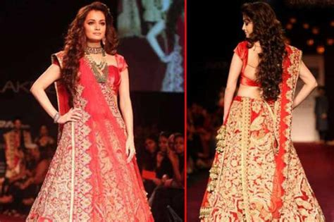 Bridal Lehenga Draping - 6 amazing ways to drape your bridal lehenga dupatta and
