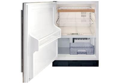 Sub Zero Undercounter Refrigerator/Freezer Combo   UC 24C