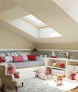 peinture chambre sous pente estein design With exceptional de couleur peinture 9 nuanciers peinture ecodis