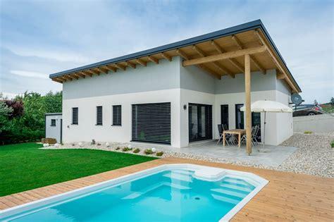 Bungalow Modern Pultdach Mit Garage by Moderner Bungalow Mit Pultdach Bungalow Wimbergerhaus