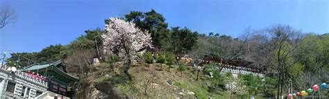 The temple 'Samaksa' at Kwanak mountain (삼막사, 관악산)   Flickr