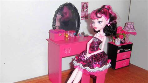 bedroom vanity  doll monster high