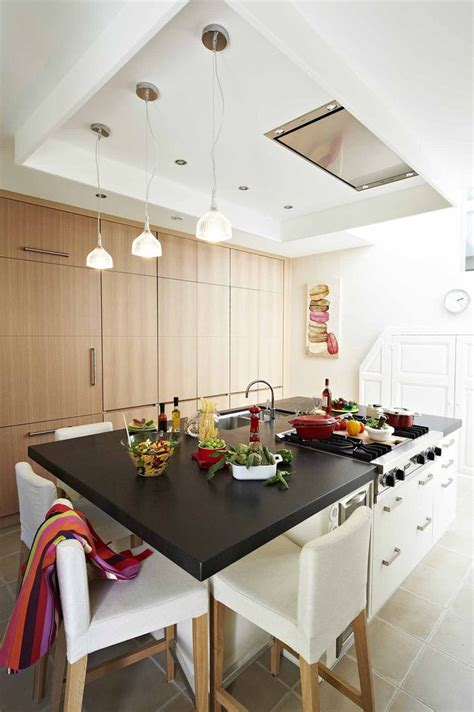 cacher cuisine ouverte hotte pour cuisine ouverte ilot de cuisine but 15 la