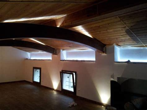 illuminazione mansarda casa  montagna