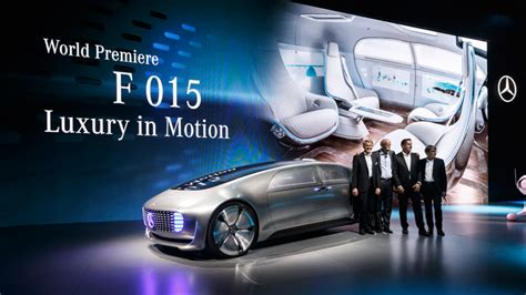 mercedes benz    driving luxury sedan concept