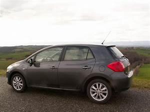 Fiabilité Toyota Auris Hybride : la toyota auris hybride l 39 horizon 2010 ~ Gottalentnigeria.com Avis de Voitures