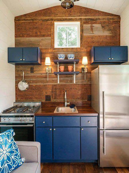 kitchen designs for small houses esta mini casa rompe la primera regla de la decoraci 243 n 8011