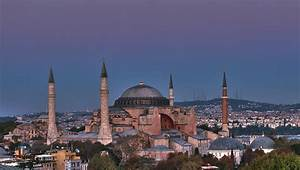 Hagia Sophia - Mosque in Istanbul - Thousand Wonders
