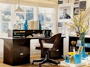 Office workspace how to decorating office ideas at for Work office decorating