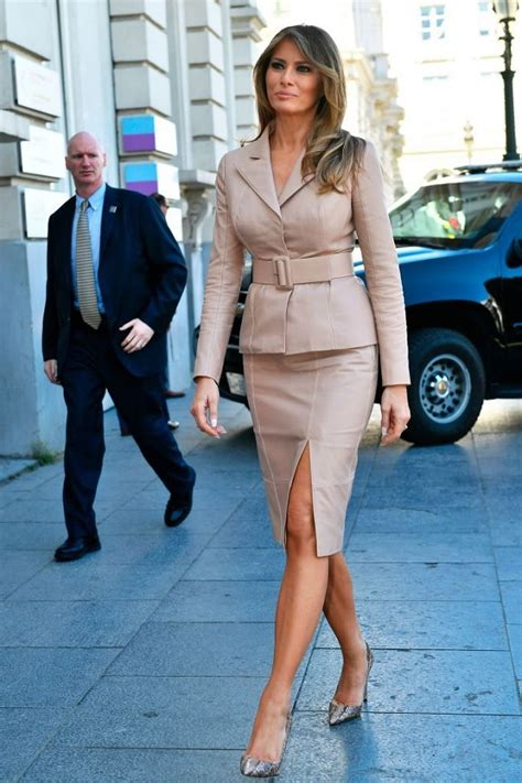 Melania Trump Height, Weight, Body Measurements, Son, Parents, Divorce