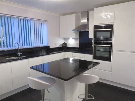Strada gloss white kitchen, fitted in Kingswinford, West