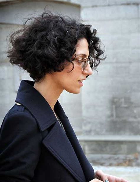 25 Chic Curly Short Hairstyles Short Hairstyles 2017