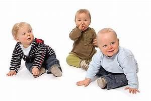 Wann Lernen Babys Sitzen : foto gemeinsam sitzen lernen in der krabbelgruppe ~ Watch28wear.com Haus und Dekorationen