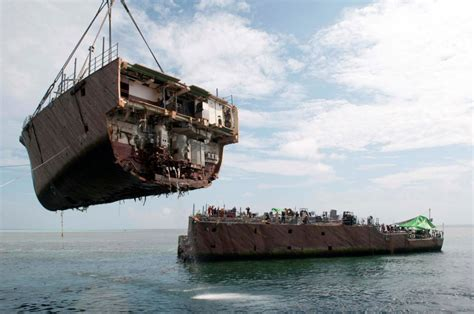 Ship Ex by Bow Section Removed From Ex Uss Guardian Image Gcaptain