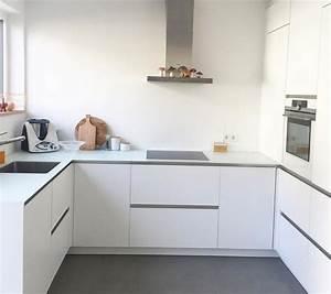 Weiße Arbeitsplatte Küche : weisse matte kueche weisse arbeitsplatte kitchens pinterest kitchens ~ Sanjose-hotels-ca.com Haus und Dekorationen