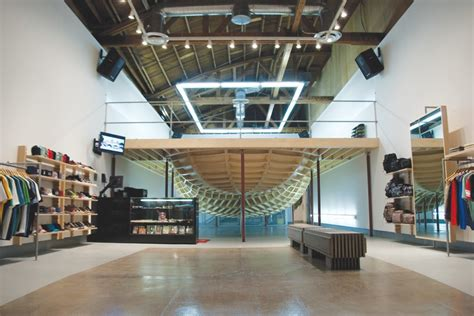 supreme clothing retailers where to shop for menswear in los angeles photos gq