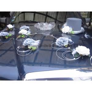 decoration voiture cortege mariage decoration voiture mariage cortege idées et d 39 inspiration sur le mariage