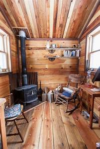 Inside the Potomac cabin, Oregon. Slideshow. Photo ...