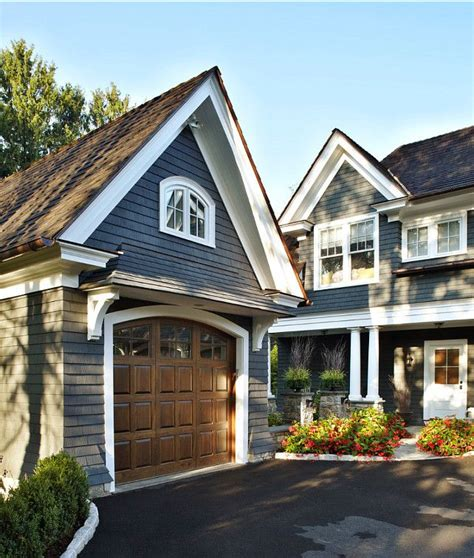 pin by benjamin moore on home exterior paint ideas in 2019