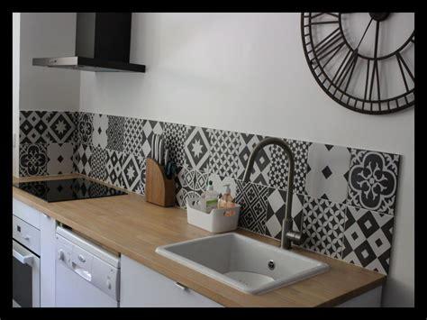credence cuisine noir et blanc credence cuisine imitation carrelage 44717 carrelage idées