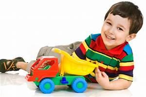 Spielzeug Für 4 Jährigen Jungen : typisches spielzeug f r jungen ~ Buech-reservation.com Haus und Dekorationen