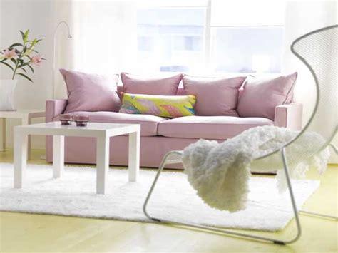 peinture canapé tissu beau canapé en tissu couleur quartz pantone tollens
