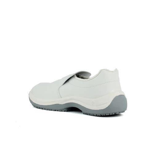 chaussure de cuisine pas cher chaussure de cuisine blanche pas cher homme à 26 45 ht