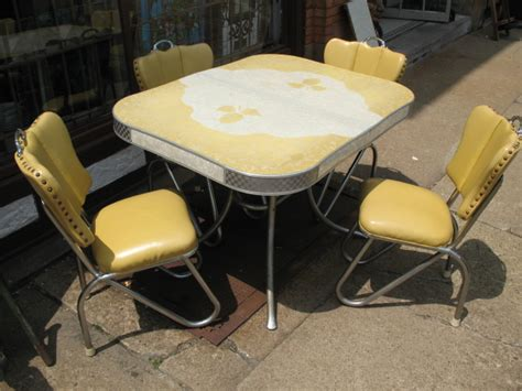 metal kitchen table chairs vintage kitchen tables retro metal kitchen table old