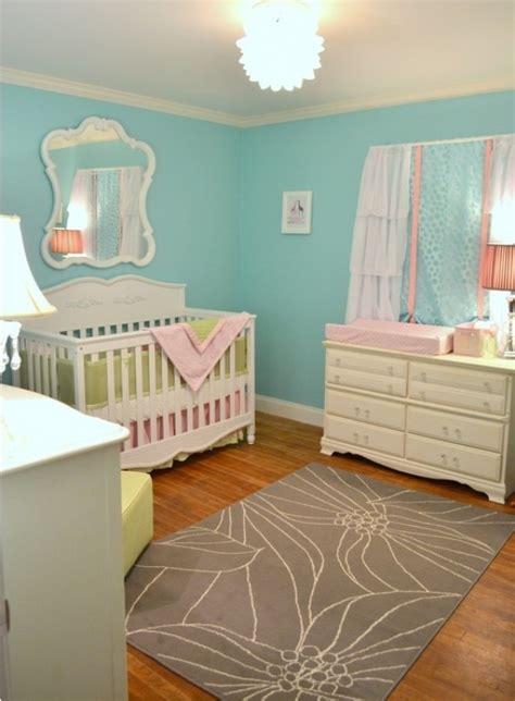 chambre gris et jaune chambre bébé bleue aqua