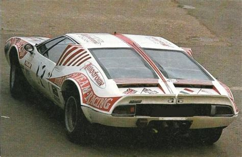 1971 De Tomaso Red Pantera | Auto Restorationice