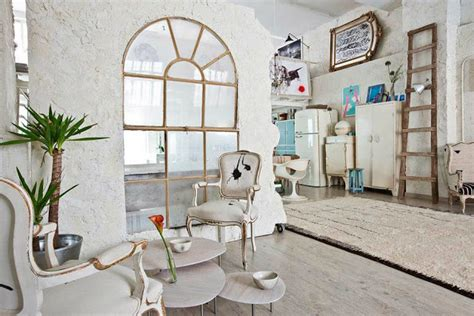Manolo Yllera's Eclectic Vintage Home