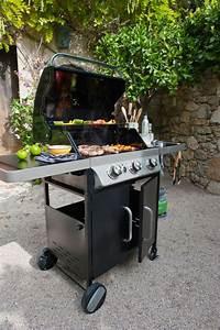 Barbecue A Gaz Castorama : accessoires barbecue weber castorama ~ Melissatoandfro.com Idées de Décoration