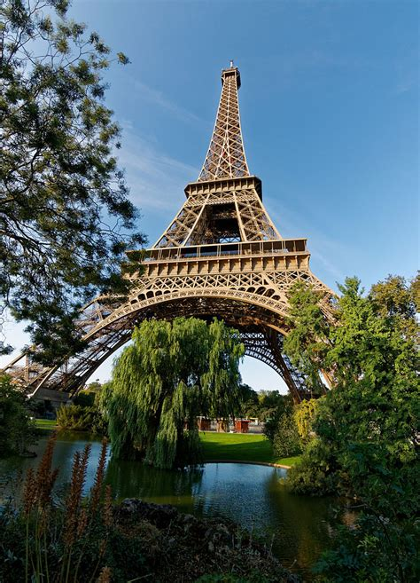 fileeiffel tower   park paris  august