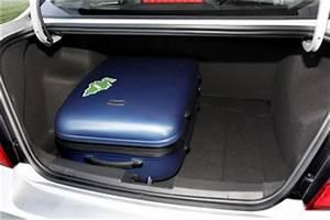 Chevrolet Spark Coffre : fiche technique chevrolet aveo ii 1 2 16v 86ch lt 4p l 39 ~ Medecine-chirurgie-esthetiques.com Avis de Voitures