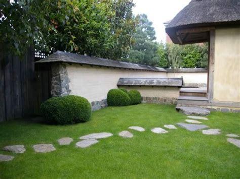 Garden Ponds Design Ideas, Homemade Stepping Stones Garden