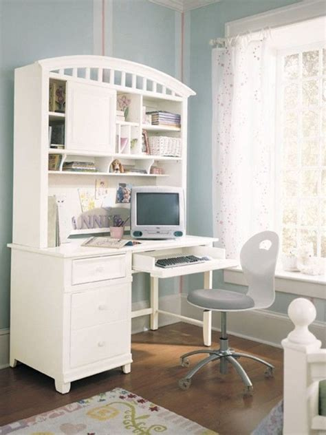 white desk color  small kids bedroom  ideas