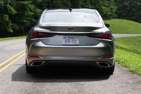 Lexus 2019 Es 350 Colors by 2019 Lexus Es 350 Review Autoguide