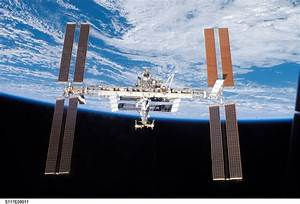 APOD: 2007 June 25 - The International Space Station ...