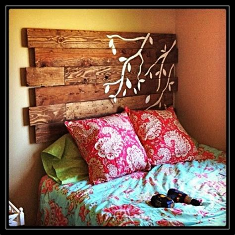 Creative Headboards Diy by 51 Diy Headboard Ideas To Make The Bed Of Your Dreams