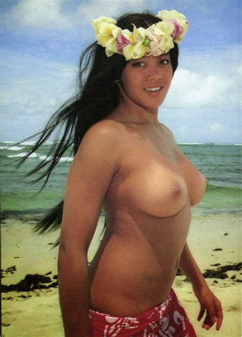 Top hot picture: Beautiful Nude Hawaiian Girl